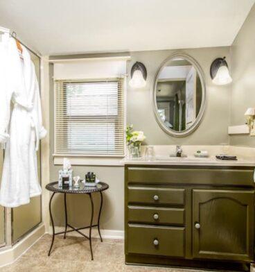 Lavender Room, Oak Hill Bed & Breakfast